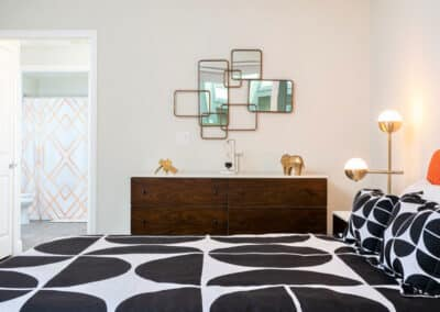 A touch of modern pieces on the bedroom